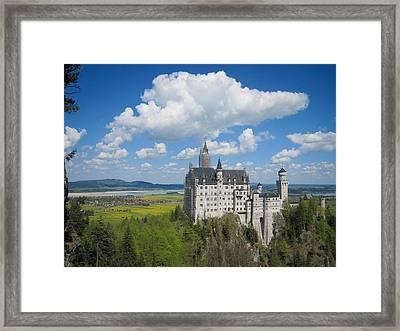 Schloss Neuschwanstein Framed Print by Devan M