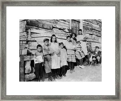 School Children, 1921 Framed Print by Granger