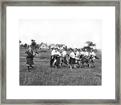 Scottish Golfers With Bagpipe Framed Print