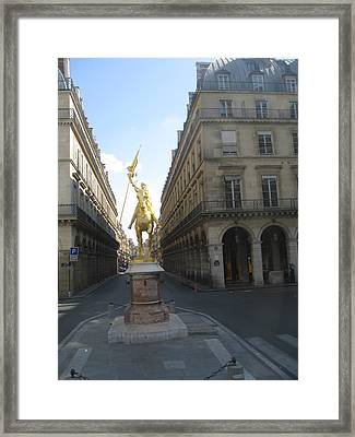 Sculpture In Paris Framed Print by Stephanie Hunter