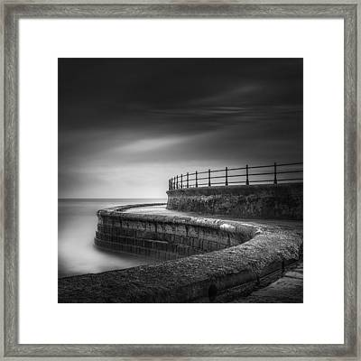Sea Wall Scarborough Yorkshire Framed Print by Ian Barber