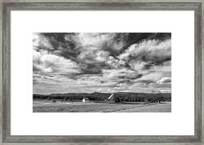 Searching The Sky Monochrome Framed Print by Steve Harrington