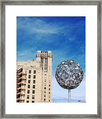 Sears Crosstown Memphis Framed Print by Lizi Beard-Ward