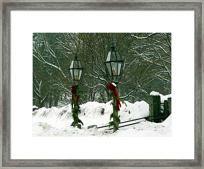 Season's Greetings Framed Print by Jayne Carney