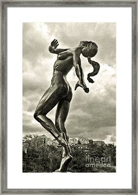 Sedona Arizona Statue In Sepia Framed Print by Gregory Dyer