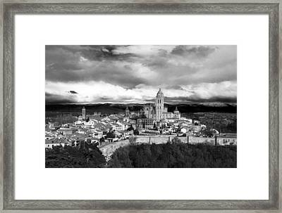Segovia In Black And White Framed Print by Lorraine Devon Wilke