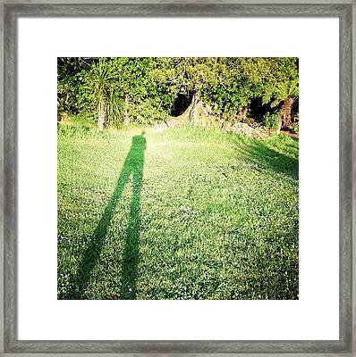 Selfie Shadow Framed Print by Les Cunliffe