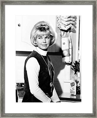Send Me No Flowers, Doris Day, 1964 Framed Print