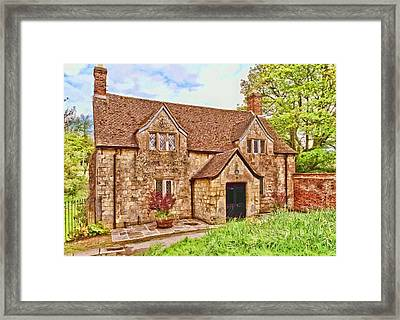 Framed Print featuring the photograph Sextons Cottage Devizes by Paul Gulliver