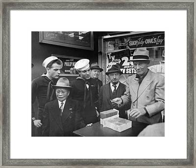 Sf Street Con Man Framed Print by Underwood Archives