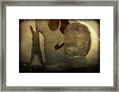 Shes Country Framed Print by Dan Sproul
