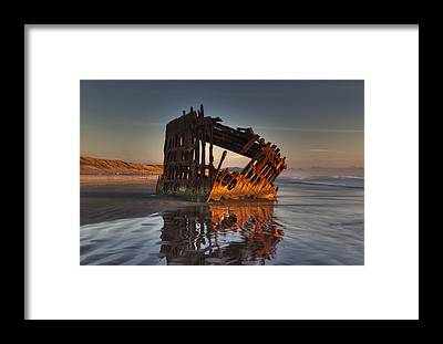 Peter Iredale Framed Prints