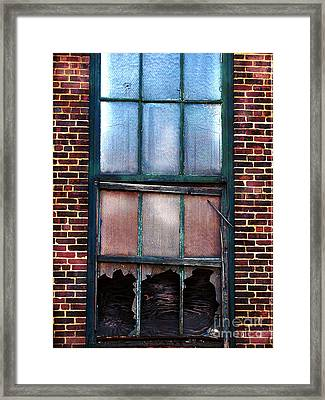 Shot Out  Framed Print