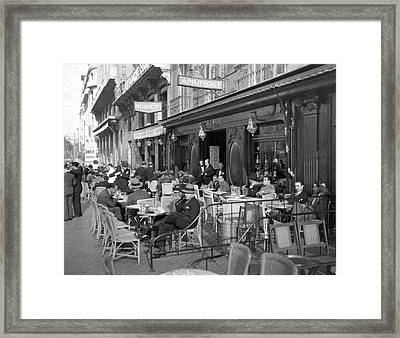 Sidwalk Cafe In Madrid Framed Print by Underwood Archives