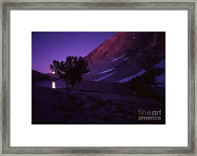Sierra Moon Rise Framed Print by Alan Thwaites