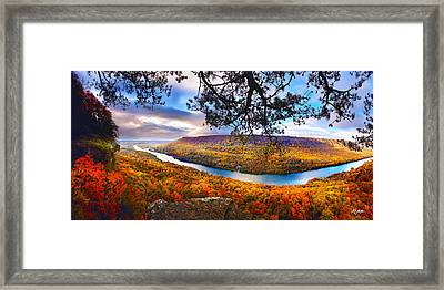Signal Point At Fall Framed Print