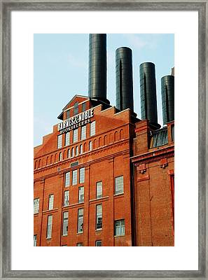 Signs Of Baltimore Framed Print by Linda Covino