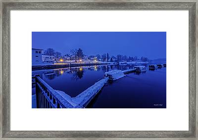 Silence Of The Morning Framed Print by Everet Regal