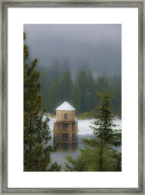 Silent Tower Framed Print by Jan Davies