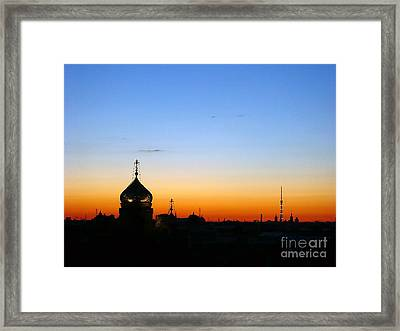 Silhouette In St. Petersburg Framed Print by Lars Ruecker