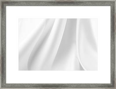 Silk Lines Framed Print by Les Cunliffe