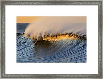 Single Crest Mg_8700 Framed Print
