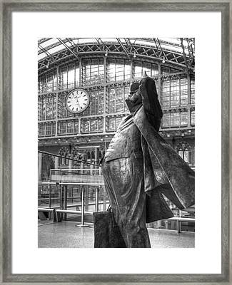 Sir John Betjeman Statue And Clock At St Pancras Station In Black And White Framed Print by Gill Billington