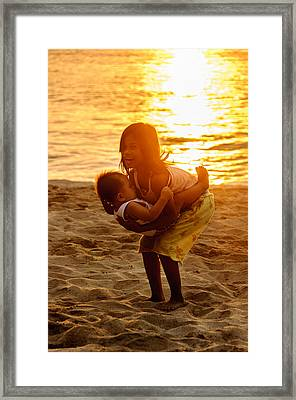 Sister And Brother On The Beach Framed Print by Colin Utz