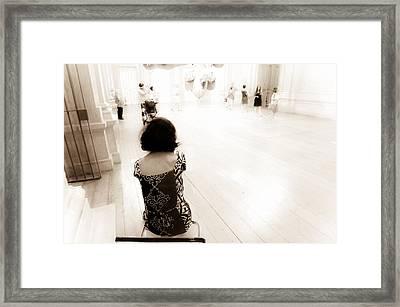 Sitting Venus De Milo Framed Print by Georgina Noronha