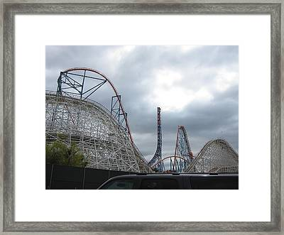 Six Flags Magic Mountain - 121211 Framed Print by DC Photographer