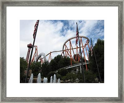 Six Flags Magic Mountain - 12123 Framed Print by DC Photographer