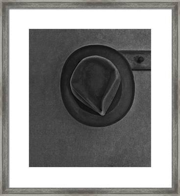 Skinnys Hat Framed Print by Bob RL Evans