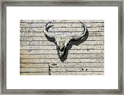 Skull And Horns Framed Print by Larry Butterworth