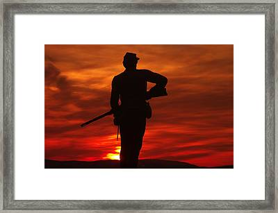 Sky Fire - 111th New York Infantry Hancock Avenue Brian Farm Cemetery Ridge Sunset Winter Gettysburg Framed Print