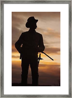 Sky Fire - 2nd Pennsylvania Cavalry Regiment Cemetery Ridge Near Meades Hq Dawn Gettysburg Framed Print