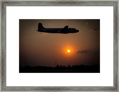 Framed Print featuring the photograph Skymaster Sunset by Paul Job