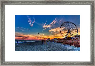 Skywheel Sunset At Myrtle Beach Framed Print by Robert Loe