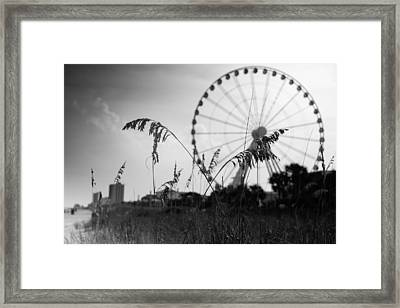 Skywheel View Framed Print