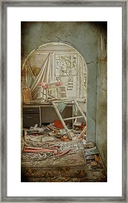 Sleep Overs  Framed Print by Empty Wall