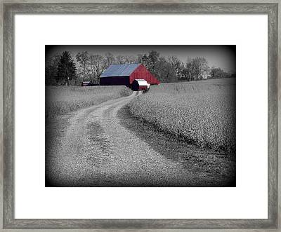 Smithsburg Barn Framed Print by Robert Geary