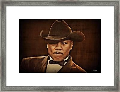 Smokin Joe  Framed Print by Lynda Payton