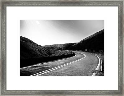 Framed Print featuring the photograph Snake Pass by Stephen Taylor