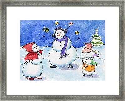 Snow Folks - Family Time. Framed Print by Katherine Miller