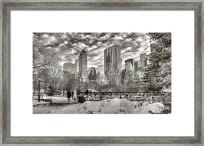 Snow In N.y. Framed Print
