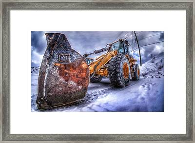 Snow Pusher Framed Print by Lliem Seven