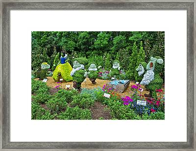 Snow White Framed Print by Thomas Woolworth
