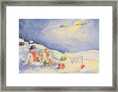 Snowman Family Christmas  Framed Print by David Cooke
