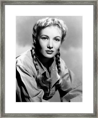 So Proudly We Hail, Veronica Lake, 1943 Framed Print by Everett