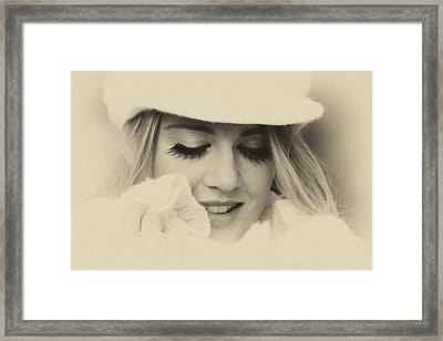 Soft Vintage Woman Framed Print by Lesley Rigg