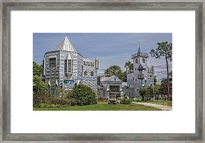 Solomon's Castle Ona Florida Framed Print by Edward Fielding